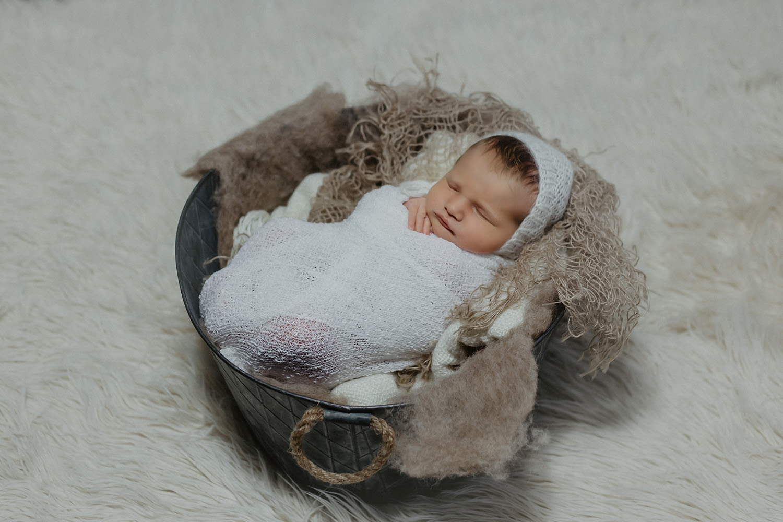 Babyfoto eines Babyfotografen in Strackholt Großefehn Fotoshooting
