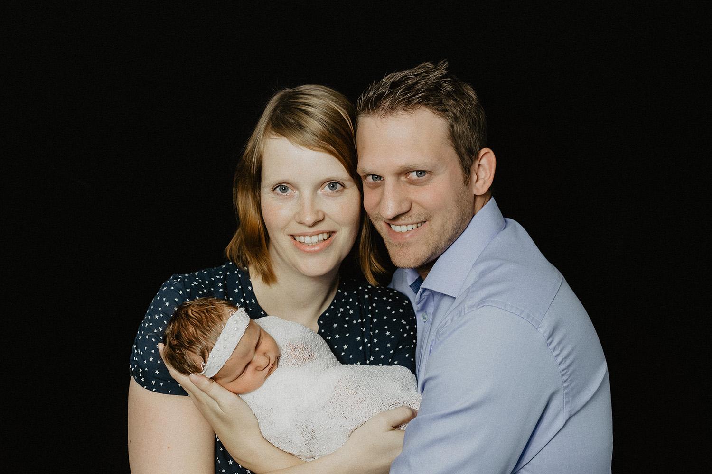 Babyfoto eines Babyfotografen in Bunde Ostfriesland Fotoshooting