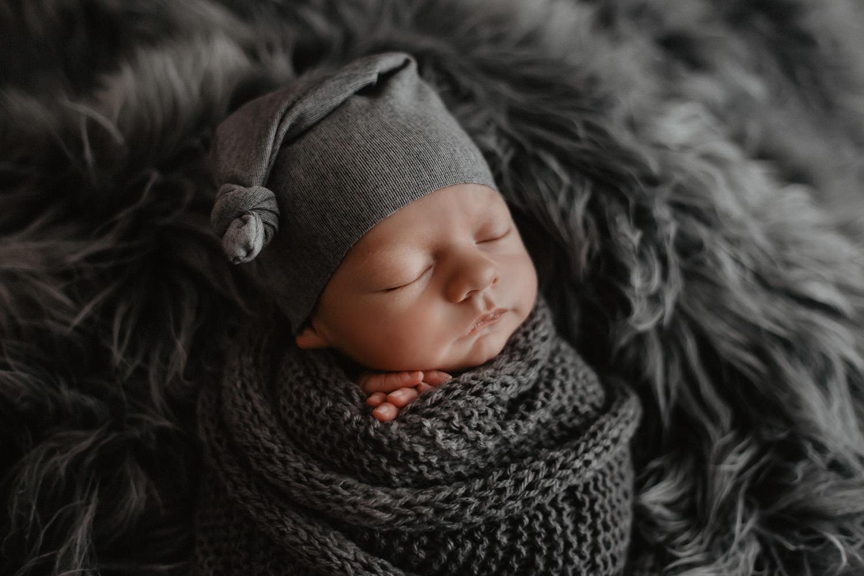 Babyfoto eines Fotografen / Babyfotografen in Emden