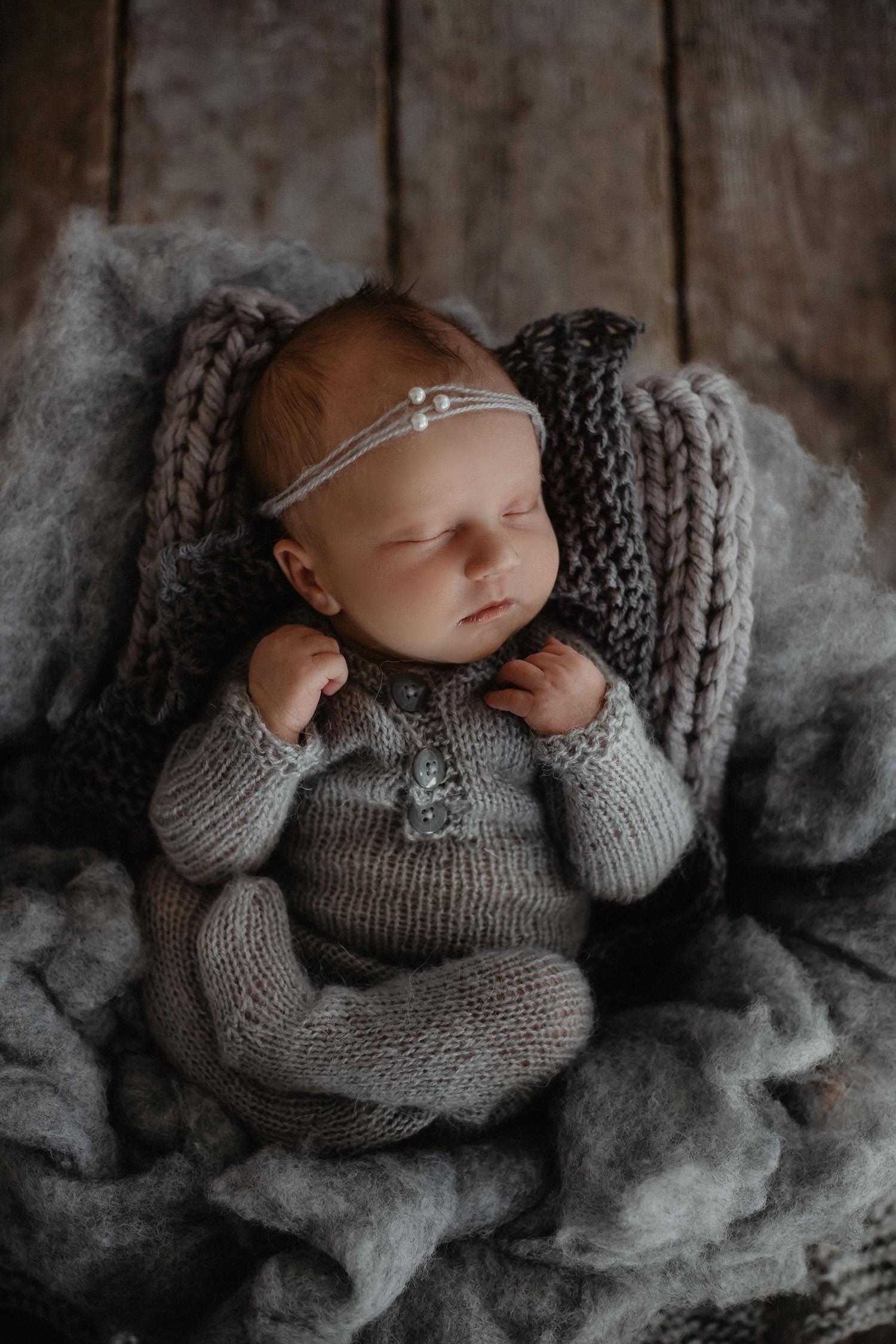 Babyfoto eines Babyfotografen in Lingen